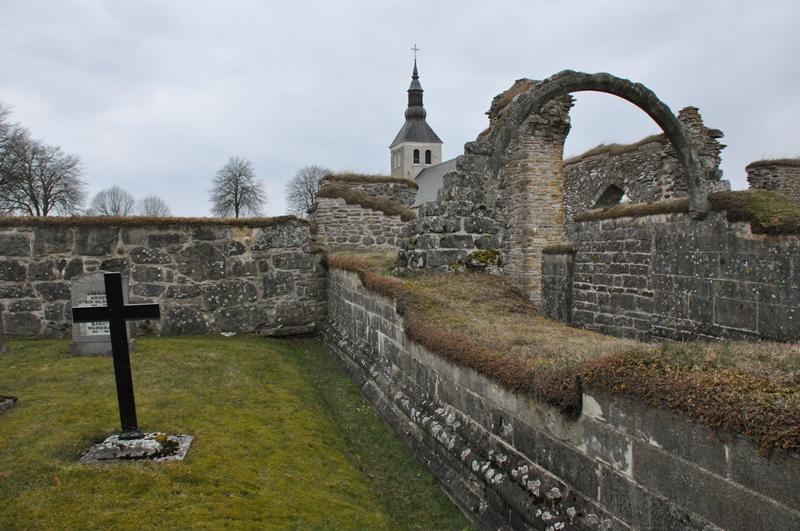 Gudhems kirke og klosterruin