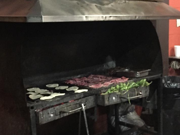 Grillen er i gang til tacos