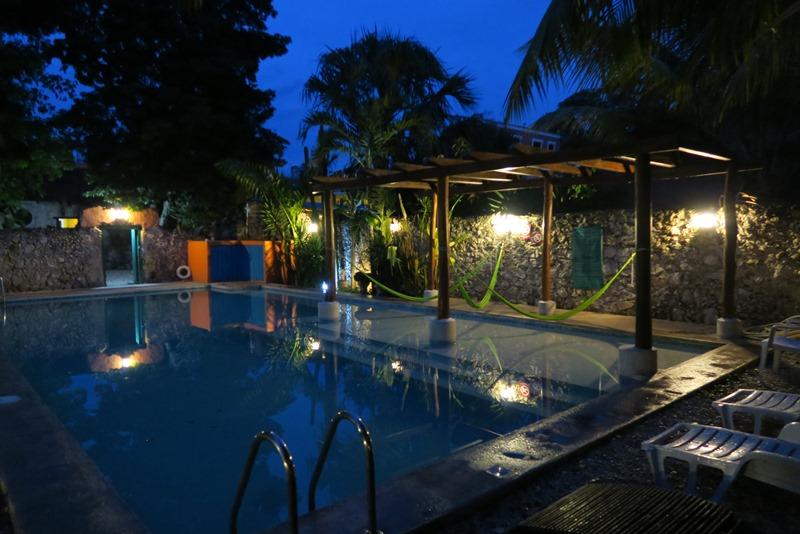 Swimmingpoolen på Nomadas i Mérida