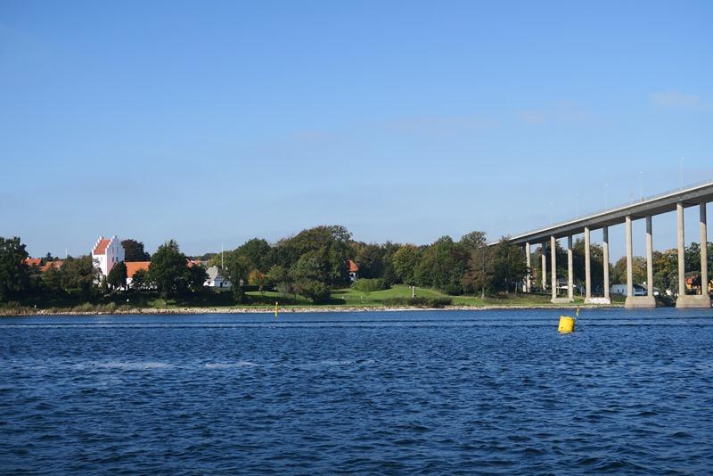 Svendborgsundbroen og St. Jørgens kirke