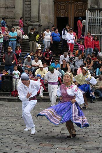 Dans i Quitos gader