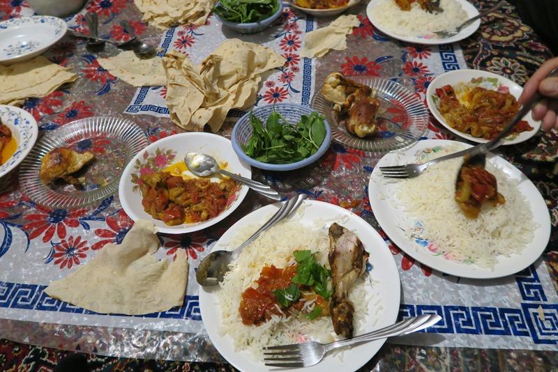 Aftensmad i privat hjem i Iran