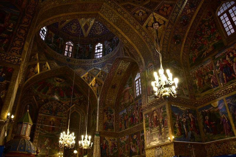 I den armenske katedral i Isfahan