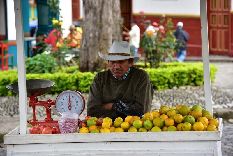 Frugthandler i Jardín, Colombia
