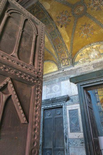 Stor dør i Hagia Sophia