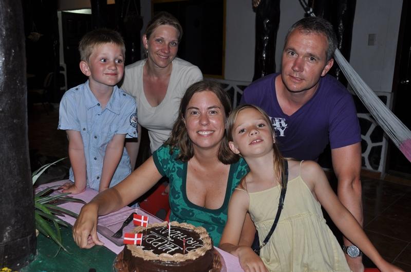 Fødselsdagskage på Holbox