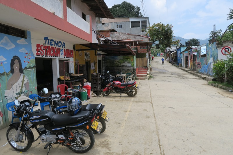 Hovedgaden i Minca, Colombia