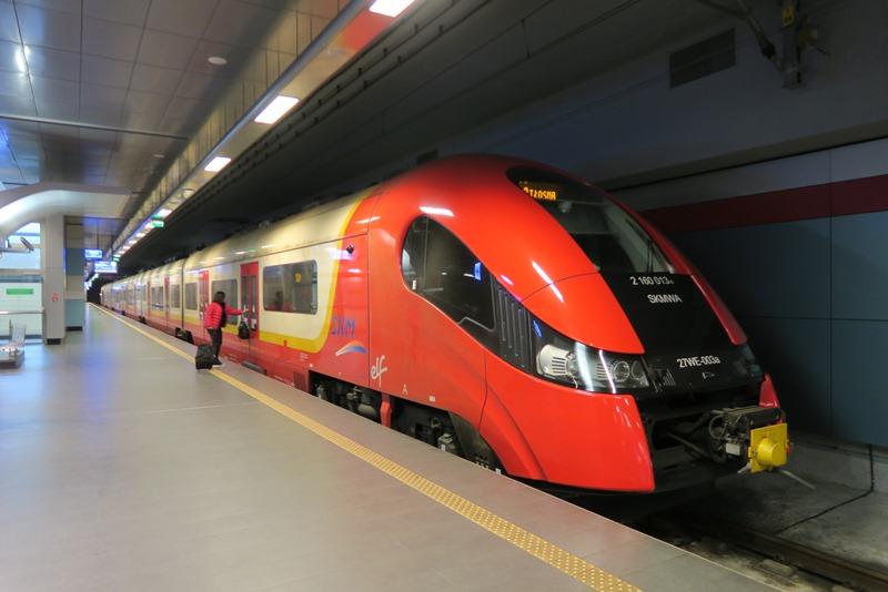 Tog til centrum af Warszawa