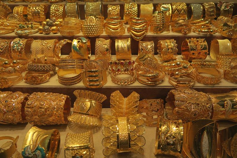 Guld i lange baner, Dubai