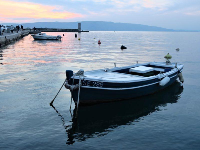 Smuk solnedgang i Kroatien