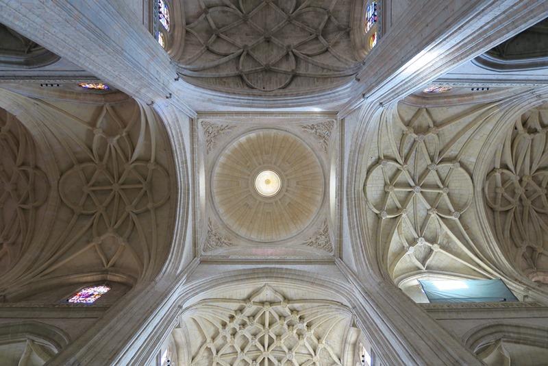 Loftet i katedralen i Segovia, Spanien