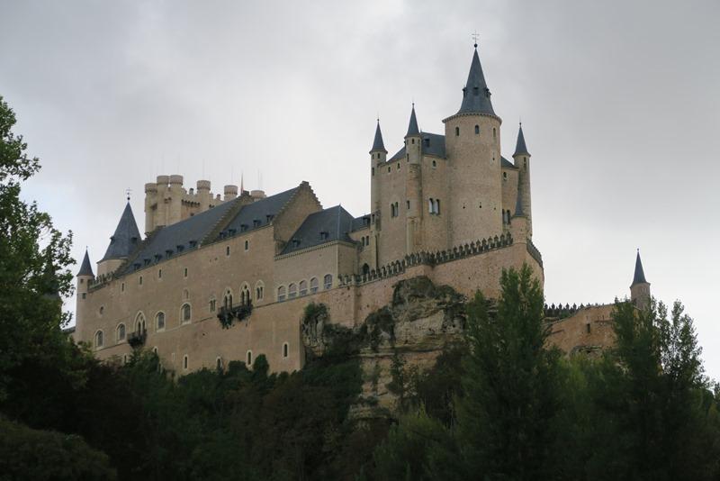 Smukke Alcázar i Segovia, Spanien