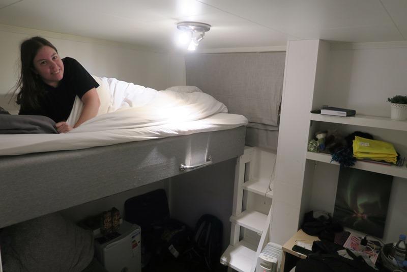 Vores meget lille seng i Tromsø