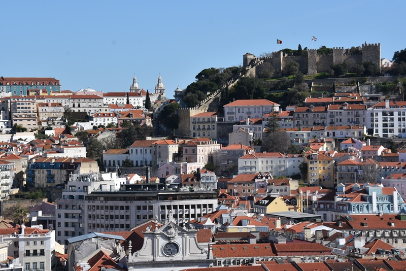 Borgen og hustage i Lissabon, Portugal