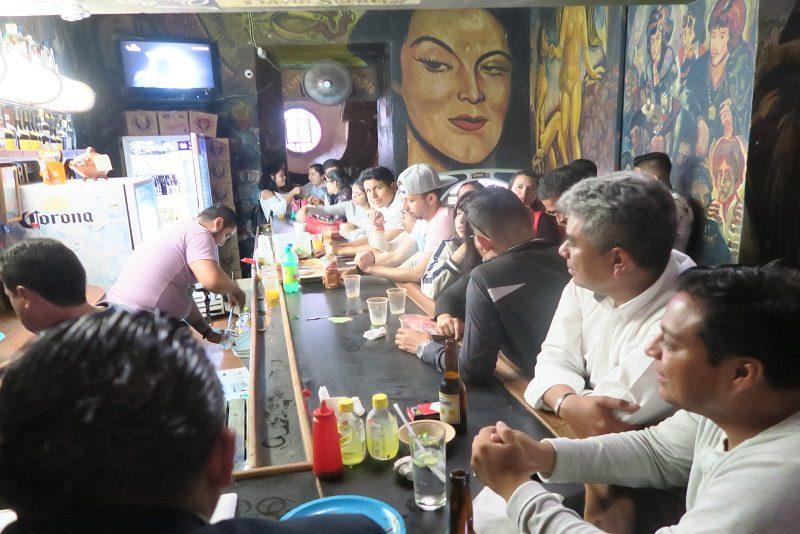 På mexicansk cantina, Guanajuato, Mexico