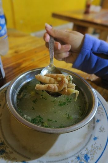 Suppe med hønsefødder