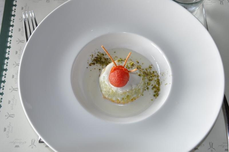 Æggestand med grøntsager
