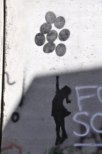 Banksy på muren i Betlehem