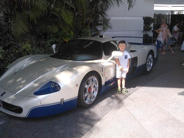 Sej bil i Dubai
