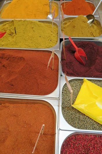 Masser af forskellige krydderier