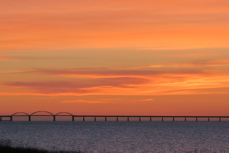 Solnedgang over Storstrømsbroen