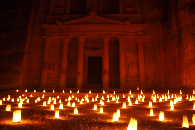 Petra by night i Jordan
