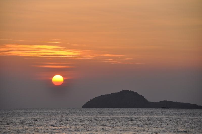 Solnedgang på vores Komodotur