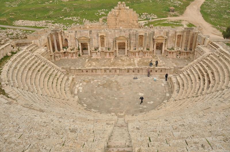 Romersk amfiteater i Jerash i Jordan