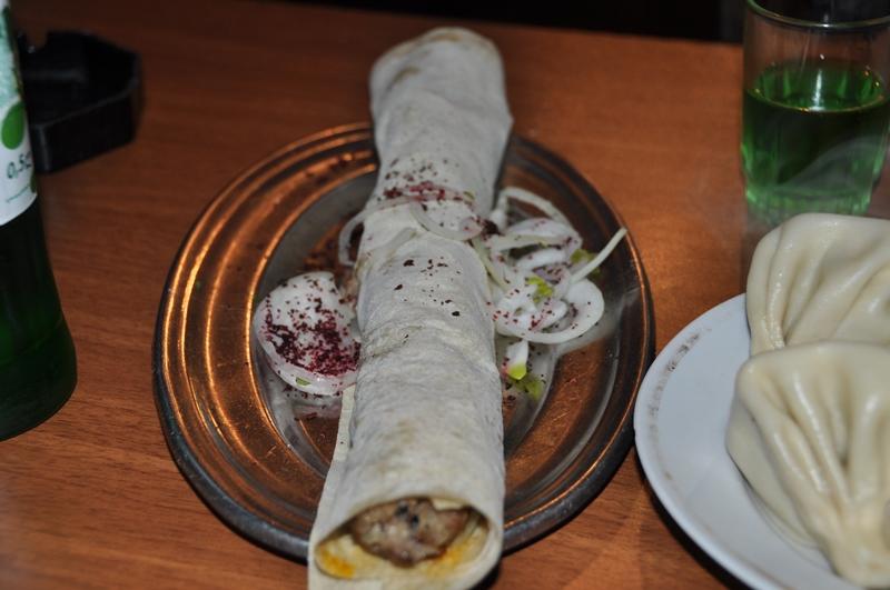 Grillet kød i brød, Tblisi, Georgien