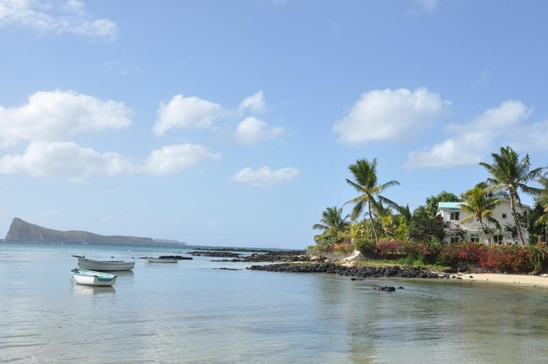 Vi gik en tur ved stranden på Mauritius