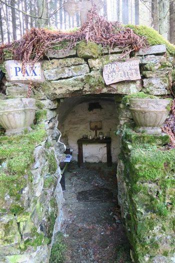Et lille kapel i skoven