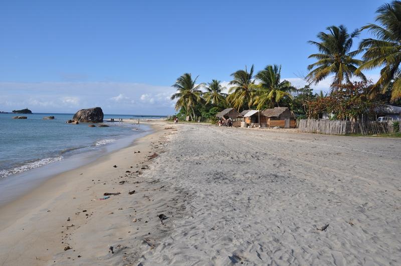 Stranden i Mananara i Madagaskar