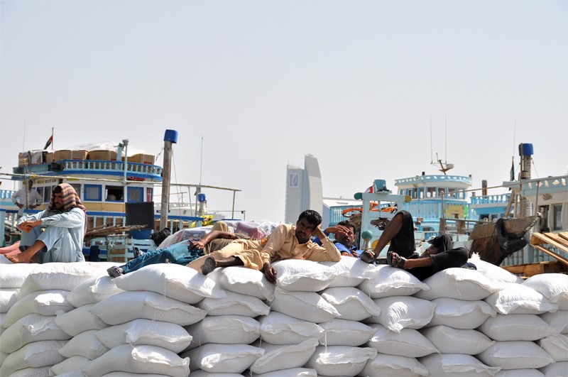 Indiske arbejdere slapper af, Dubai