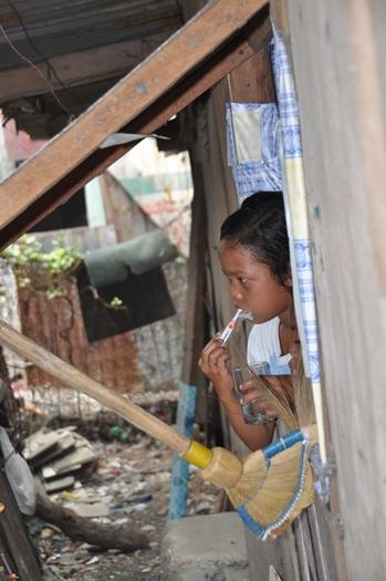 Der børstes tænder i skolen, Filippinerne
