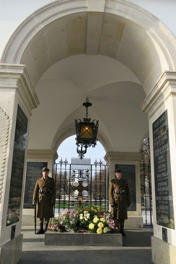 Den ukendte soldats grav, Warszawa