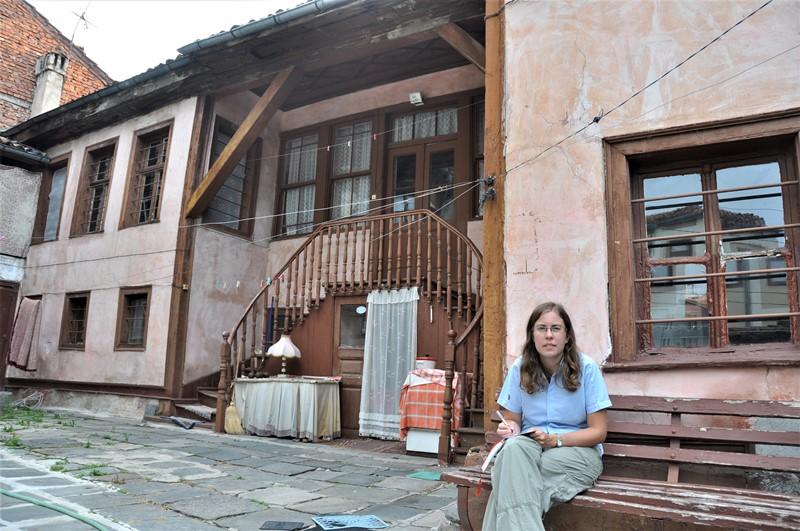Foran Elenas hus, Bulgarien