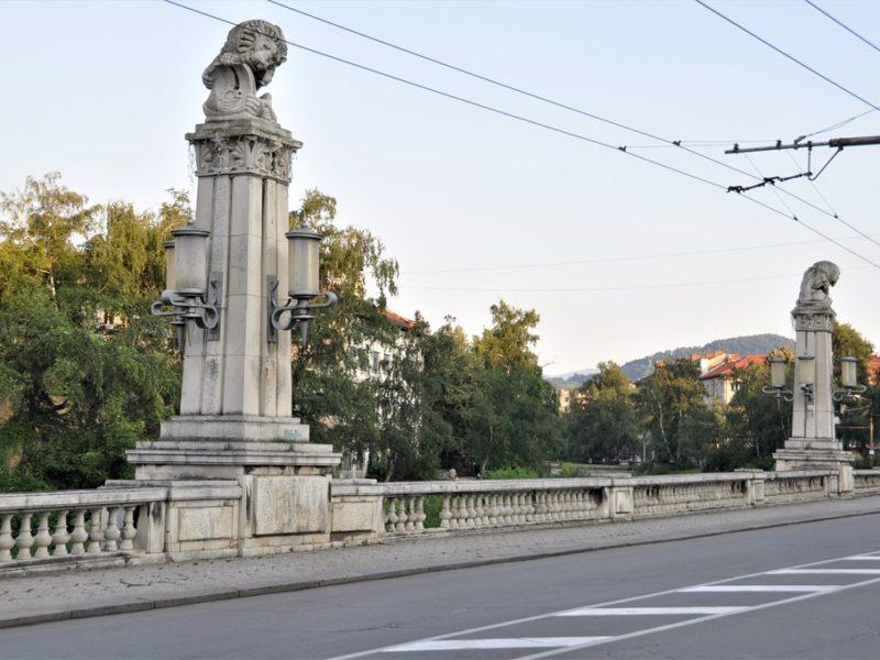 Løvebroen i Gabrovo, Bulgarien
