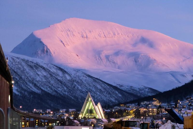 Lyset, ishavskatedralen og Tromsø
