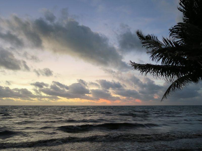 Solopgang i smukke Belize