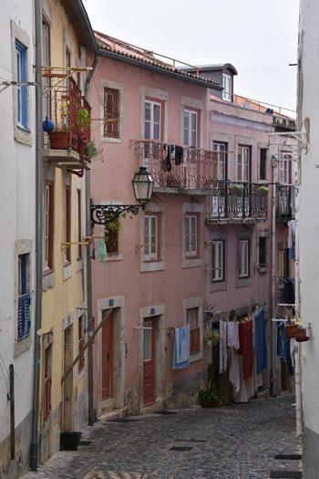 Typisk gadebillede, Lissabon, Portugal