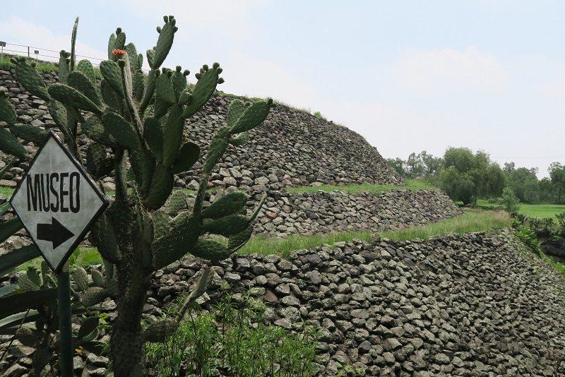 Cuicuilco pyramiden, Mexico City