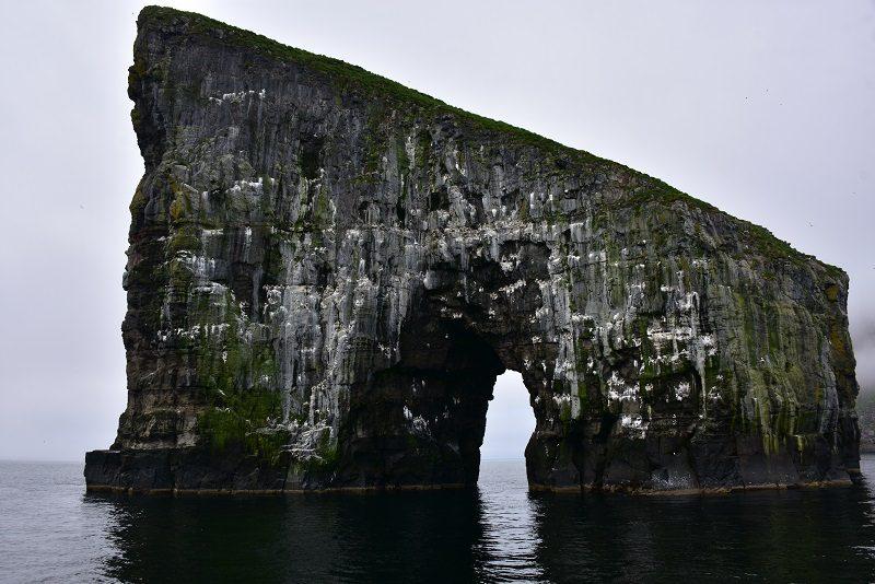 Klipper på vej til Mykines, Færøerne