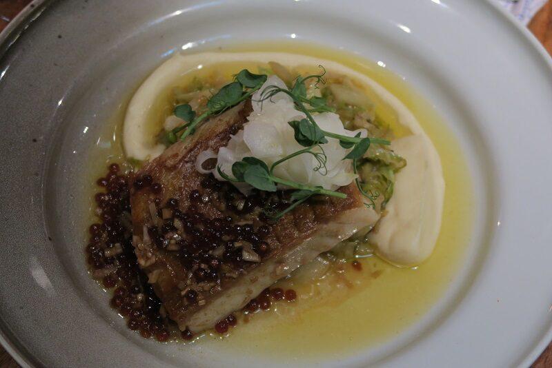 Der er også fisk på menue på Mathallen i Tromsø, Norge