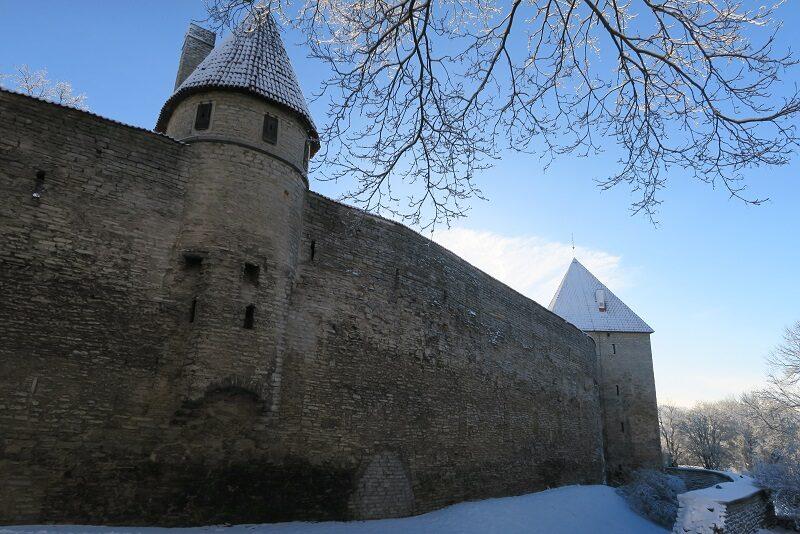 Den gamle bymur i Tallinn