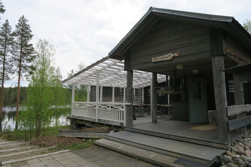 Wild Brown Bear Lodge, Finland