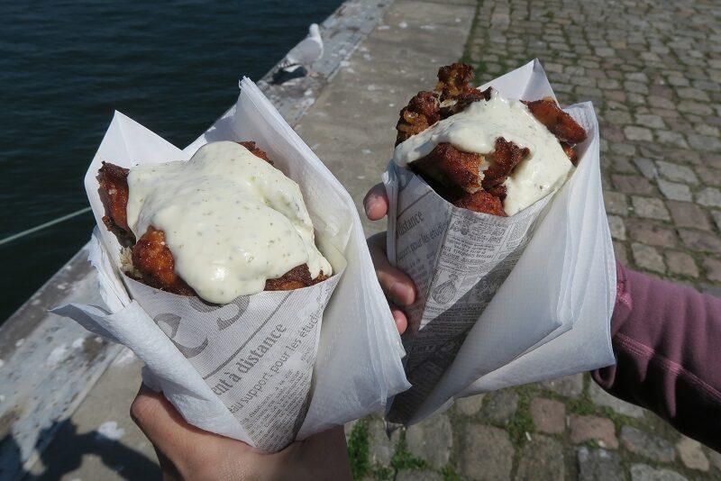Fish n chips på havnen i Stralsund, Tyskland