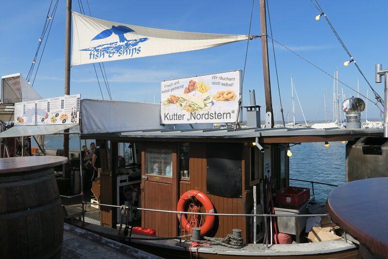 Fiskekutter som restaurant, Stralsund, Tyskland