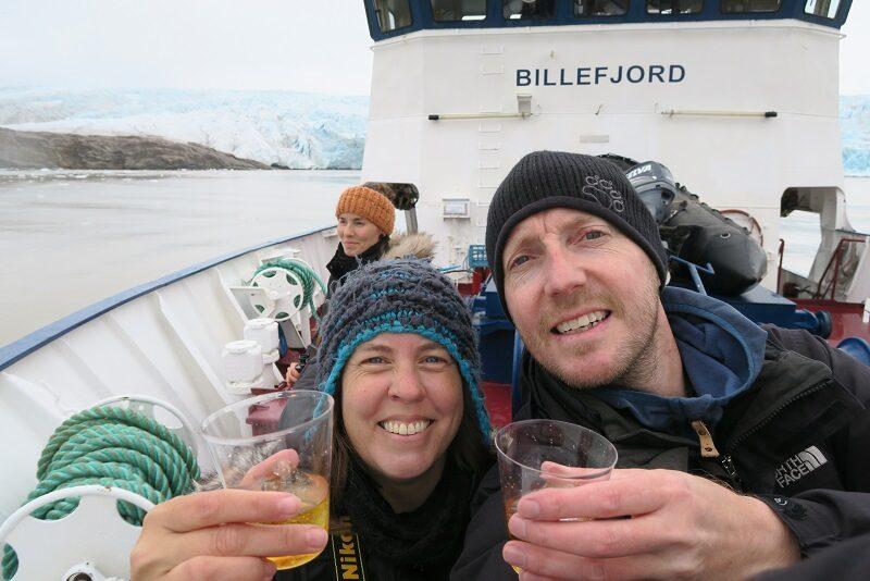 Skål i whisky på Svalbard