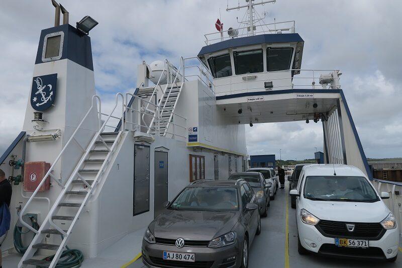 På færgen til Venø