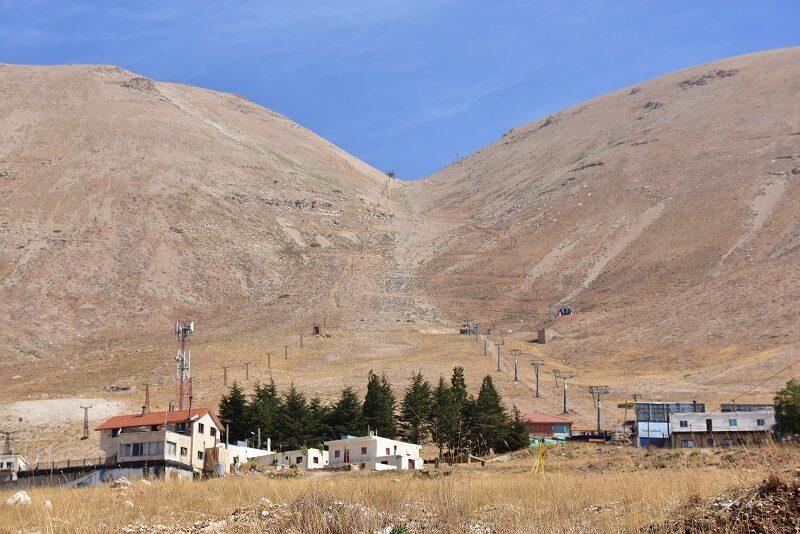 Skisportssted om vinteren i Libanon